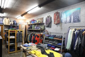 BAMBOO COREの商品陳列棚