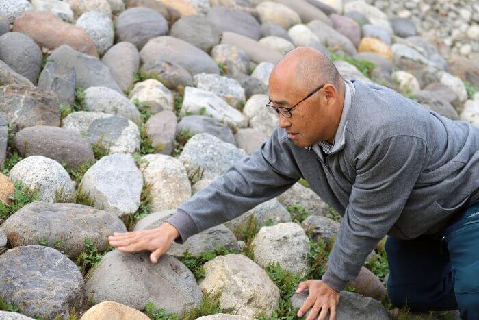 堤防の積み石
