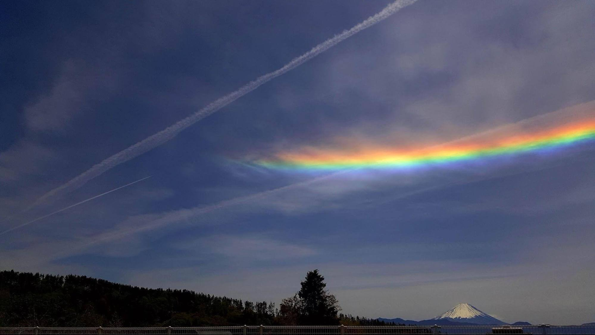 環水平アークのときの空の写真