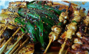 さまざまな串料理の写真2
